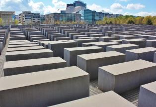 Holocaust-muistomerkki4