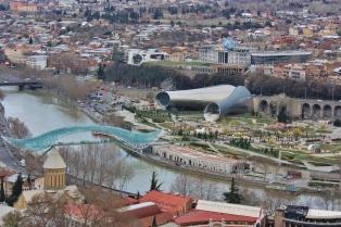Tästä näkymästä pidin Tbilisissä ehkä eniten.