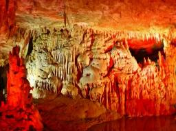 Luolasto oli jotain ihan käsittämättömän hienoa.