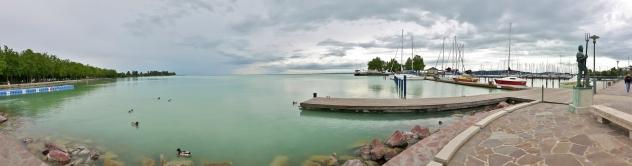 Lähes tyyni järvi oli aika maaginen näky.