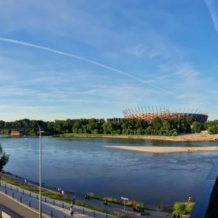 Poniatowskiegin sillalta stadionille päin.