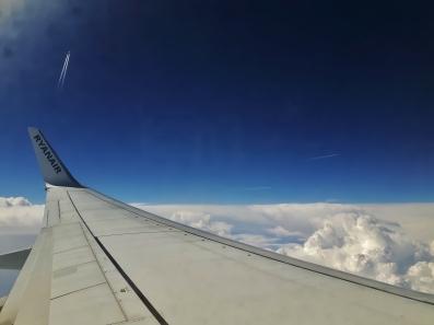 Kiitokset Roomalle. Lentoliikennekin oli vilkasta.