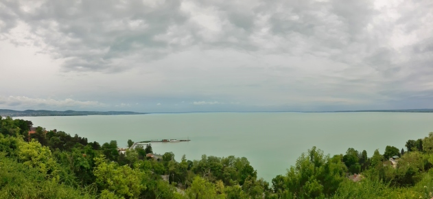 Tihanyn kukkulalta oli ehdottomasti komeimmat näkymät järvelle.